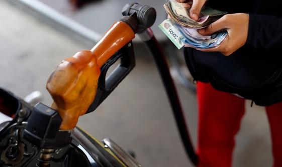 Csökken az USA benzinfogyasztása - itt az ideje shortolni a finomítókat?