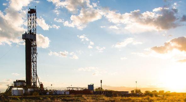 Miért emelkedik ennyire a kőolaj ára?